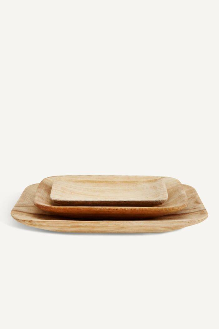 assiettes en bois de paulownia madam stoltz